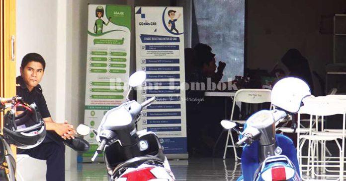 Mengenal Tiga Pemuda Pendiri Ojek Online Mataram