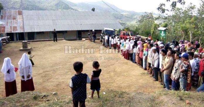warga dusun terisolir Bun Beleng, Tibu Lilin dan Gerebekan Kecamatan Lembar