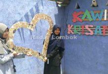 Cerita Pemandu Wisata Kampung Wisata Kawis Krisant Mataram
