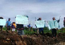 Warga Lombok Tengah Tutup Paksa Galian C