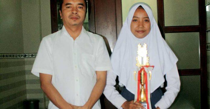 Lutfiana Astuti Raih Juara I KSM Matematika