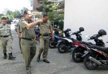 Pol PP Perkuat Pengamanan Kantor Bupati loteng