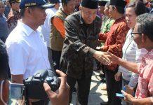 5.298 Guru Korban Gempa Terima Uang Kaget