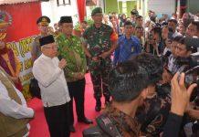 Wapres Tinjau RTG di Dusun Gontoran Barat