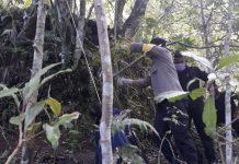 GANTUNG DIRI : Seorang warga Sembalun ditemukan tewas gantung diri setelah beberapa minggu hilang dari rumah, Minggu (26/7).