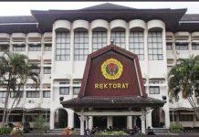 Kampus Universitas Mataram (Unram) memberikan keringanan UKT bagi mahasiswa terdampak Corona. (ABDI ZAELANI/RADAR LOMBOK )